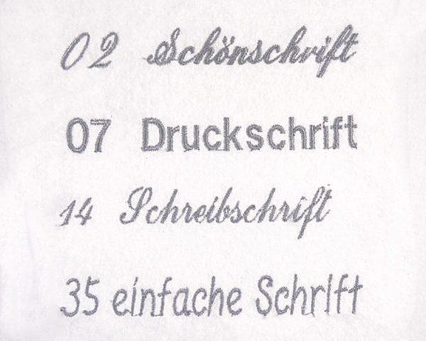 Schriftarten und zusätzliche Stickerei