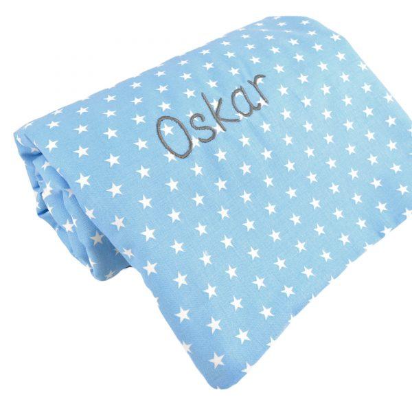 Babydecke mit Namen hellblaue Sterne